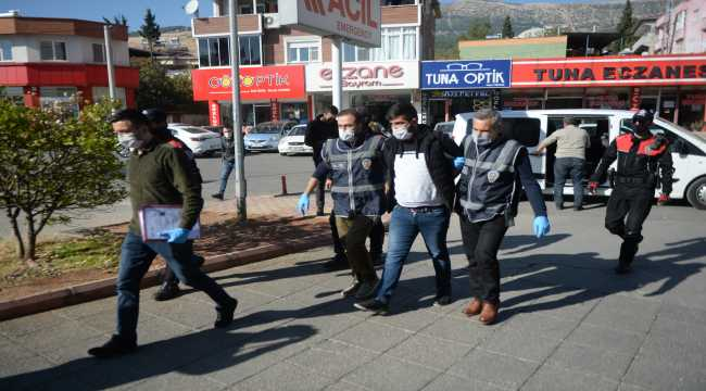 Kahramanmaraş'ta hakkında 17 yıl 2 ay hapis cezası bulunan firari hükümlü yakalandı