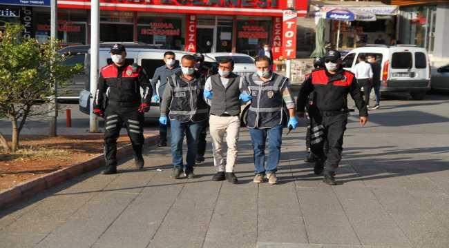 Kahramanmaraş'ta hakkında 35 yıl 8 ay hapis cezası bulunan firari hükümlü yakalandı