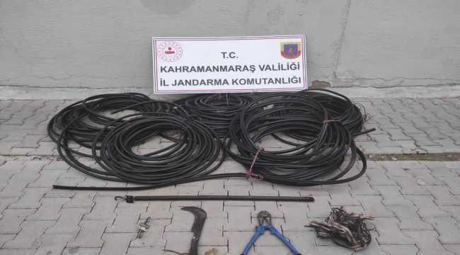 Kahramanmaraş'ta kablo çalan hırsızlar trafik kazasında yakalandı
