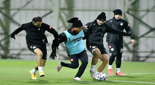 Konyaspor, Fenerbahçe maçının hazırlıklarını tamamladı