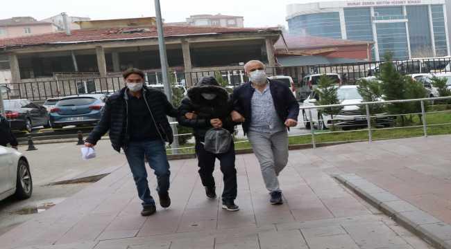 Niğde'de FETÖ operasyonunda Türkmenistan uyruklu üniversite öğrencisi gözaltına alındı