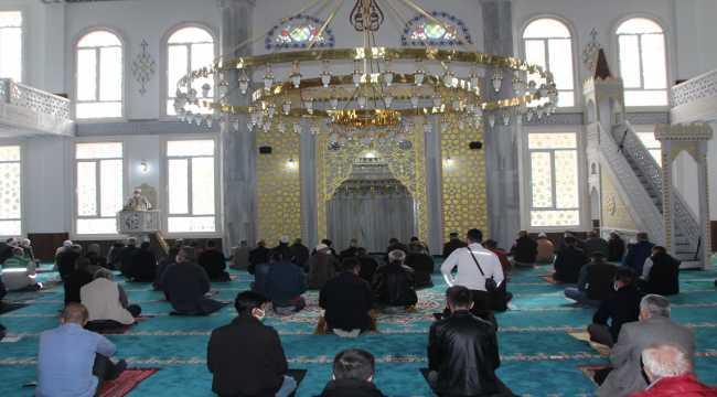 Serik ilçesinde Merkez Camisi ibadete açıldı