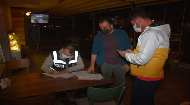 Turizm kenti Antalya'da Kovid-19 denetimi