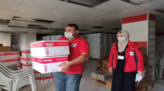 Türk Kızılay'dan Hatay'taki sağlık çalışanlarına tıbbi malzeme desteği