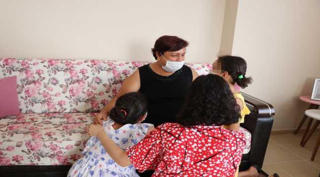 Üç kız kardeşe