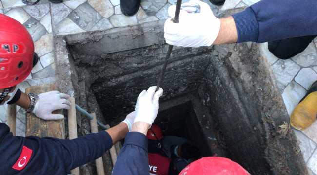 Adana'da kanalisazyon çukuruna düşen hamile kadın yaralandı