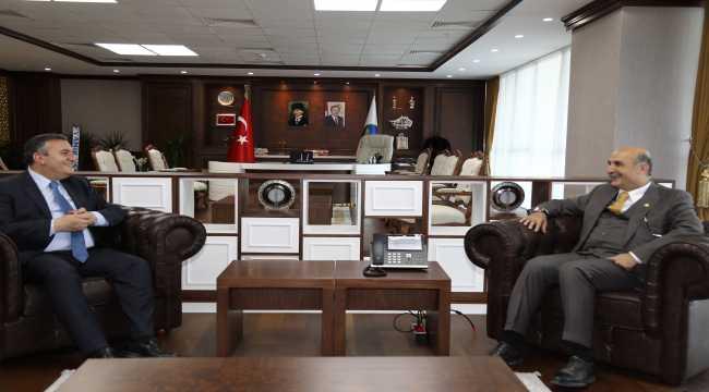 Milletvekili Özdemir'den Başkan Demirbaş'a ziyaret