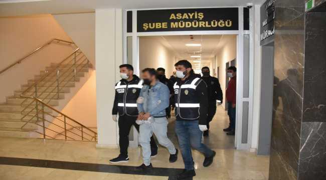 Düzenlenen operasyonda aranan 82 kişi yakalandı