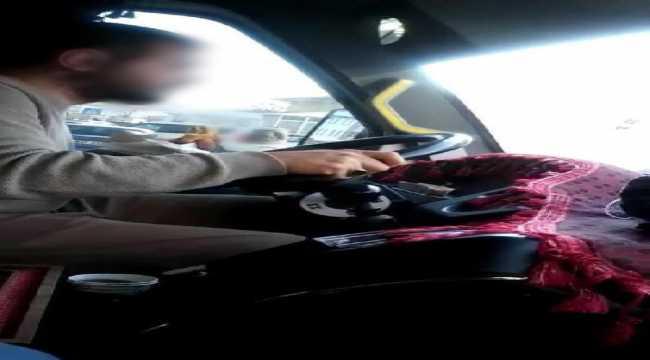 Direksiyon başında yemek yiyerek araç kullanan minibüs sürücüsüne ceza