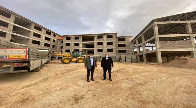Hüyük'te yüksekokul hizmet binası ve TOKİ inşaat alanında inceleme
