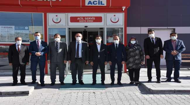 Kaymakam Murat'tan sağlık çalışanlarına moral ziyareti