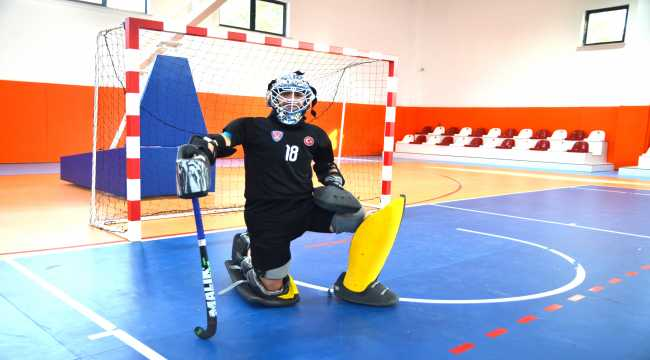 Konyalı Milli hokeyci dünyanın en iyisi olmak istiyor