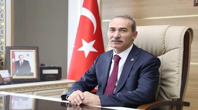 Rektör Alim Yıldız, yeni yıl mesajı yayımladı
