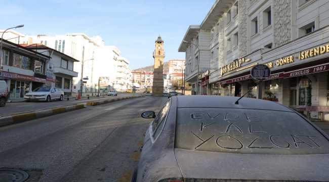 Yozgat'ta cadde ve sokaklar boş kaldı