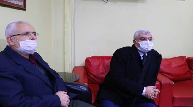 AK Parti Burdur Milletvekili Özçelik'ten esnaf ziyareti
