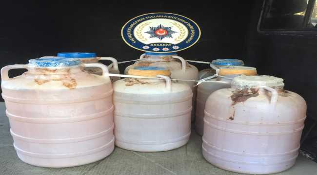 Aksaray'da 390 litre kaçak şarap ele geçirildi