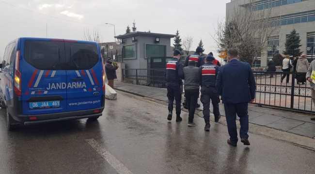 Ankara'da cezaevi firarisi sahte kimlikle yakalandı