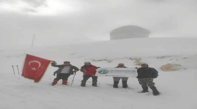 Antalya'da Bakırlıtepe'ye tırmanış etkinliği düzenlendi