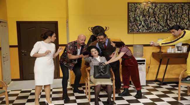 Antalya Şehir Tiyatroları'na 5 ödül