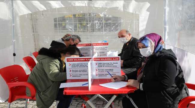 Vatandaşlar kan bağışı kampanyasına katıldı