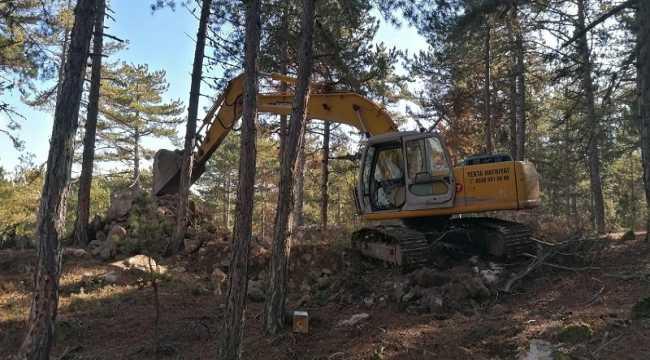 Eskişehir'de sit alanında iş makinesiyle izinsiz kazı yaptıkları iddia edilen 5 şüpheli yakalandı