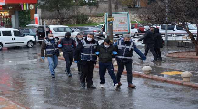 Kahramanmaraş'ta 17 zanlı hırsızlık suçundan tutuklandı