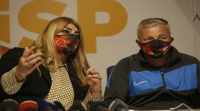 Kayserispor, teknik direktör Dan Petrescu için imza töreni düzenledi