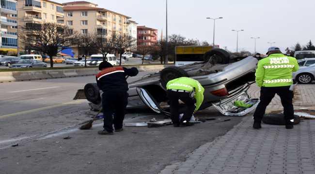 Kırıkkale'de otomobille cip çarpıştı: 2 yaralı