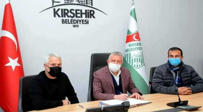 Kırşehir Belediyespor teknik direktör Ercüment Coşkundere ile anlaştı