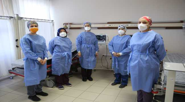 Kovid-19 yoğun bakım servisi hemşireleri virüsle mücadelelerini anlattı