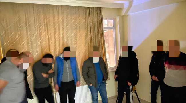 Sivas'ta evde kumar oynayan 9 kişiye 15 bin 702 lira ceza uygulandı