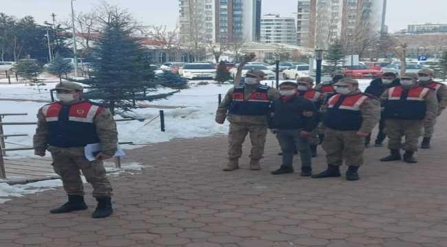 Sivas'ta hırsızlık olaylarının 3 şüphelisi yakalandı