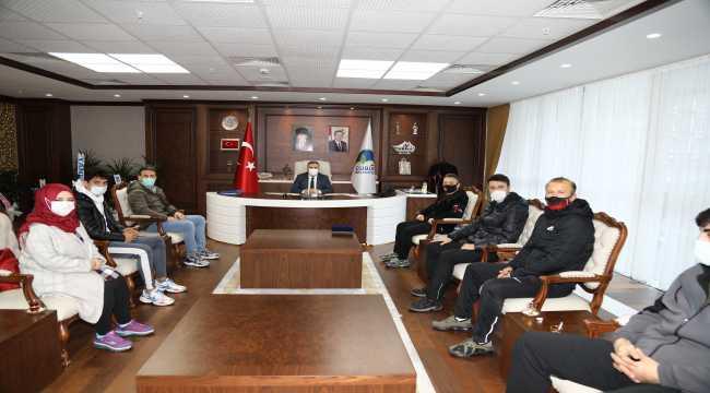 Sporculardan Başkan Demirbaş'a teşekkür ziyareti