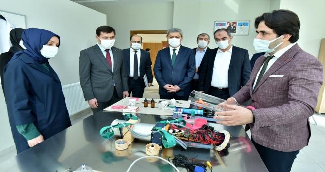 AK Parti Genel Başkan Yardımcısı Usta Karatay BİLSEM'i ziyaret etti