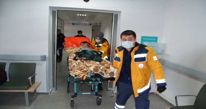Aksaray'da karbonmonoksitten zehirlenen 15 kişi hastaneye kaldırıldı
