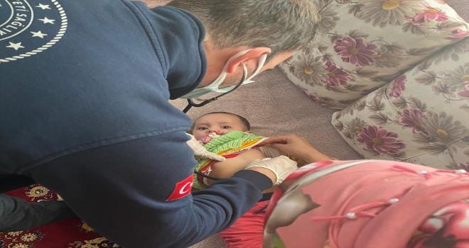 Aksaray'da nefes borusuna havuç kaçan Aysima bebek, telefonla aldığı yardımla kurtarıldı