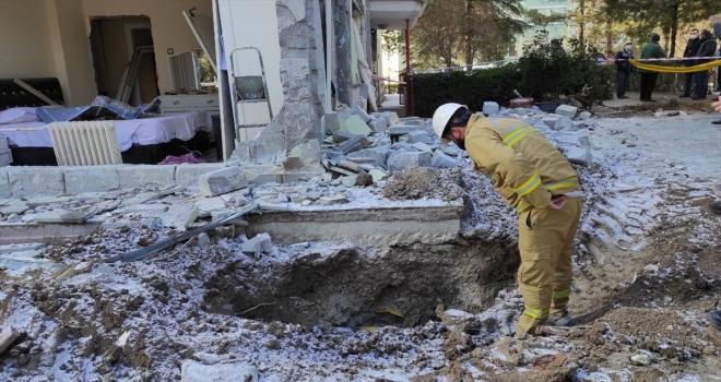 Başkentte doğal gaz patlamasının meydana geldiği binada inceleme sürüyor