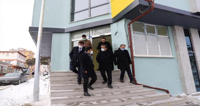 Gençlik ve Spor Bakanlığı yetkilileri, Hüyük'teki tarım kampı ve gençlik merkezinde incelemede bulundu