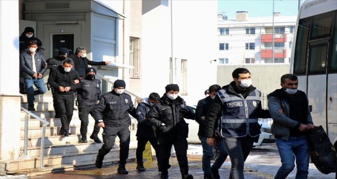 Kayseri'de aranan 11 şüpheli polisin operasyonuyla yakalandı