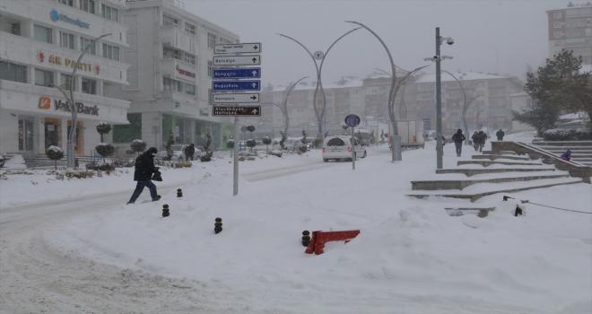 Yozgat'ta kar nedeniyle 86 köy yolu ulaşıma kapandı