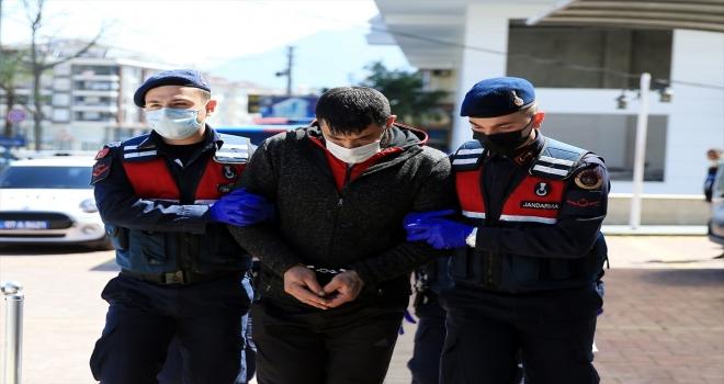 Alanya'da otomobil servisinde tabanca üretildiği iddiasıyla 2 kişi yakalandı