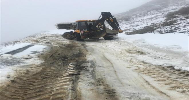 Antalya'da karla kapanan yayla yolu ulaşıma açıldı