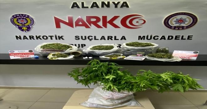 Antalya'da uyuşturucu operasyonunda yakalanan şüpheli tutuklandı