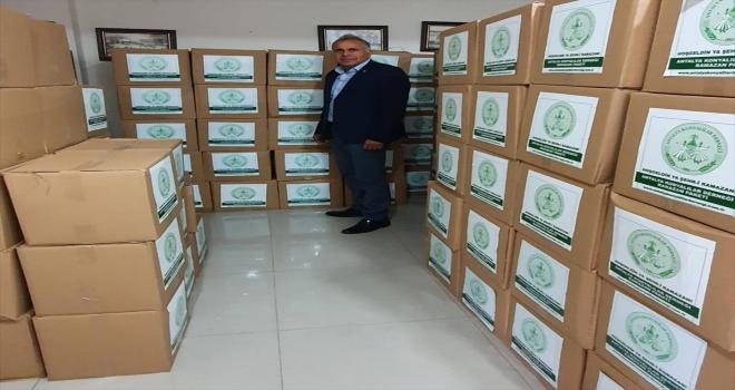 Antalya Konyalılar Derneği 500 aileye gıda yardımı yaptı
