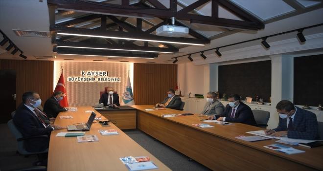 Başkan Büyükkılıç, ilçe belediye başkanlarıyla bir araya geldi