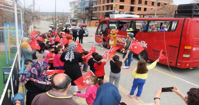 Büyükşehirden Korkuteli ve Elmalı'da mobil konser