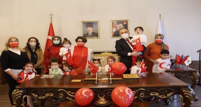 Çocuklardan Belediye Başkanı Savran'a ziyaret