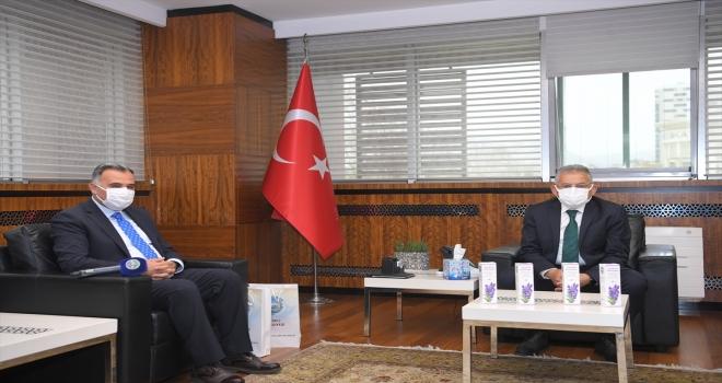Develi Belediye Başkanı Mehmet Cabbar'dan Büyükkılıç'a ziyaret