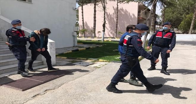 Eskişehir'de uyuşturucu operasyonunda gözaltına alınan 5 şüpheliden biri tutuklandı