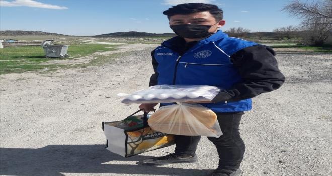Karapınar'da ihtiyaç sahiplerine gıda desteği
